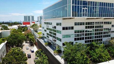 Design 41 - Luxury Office - Miami