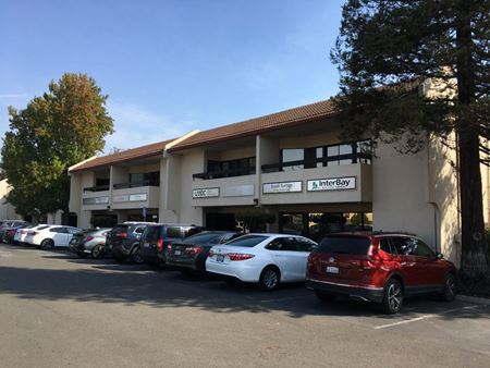 2,000 sf Office Space with 6 Private Offices Space Photo Gallery 1