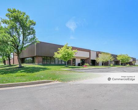 Shadeland Station Office Park - 7420-7486 Shadeland Station Way - Indianapolis