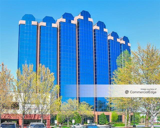 One Washingtonian Center
