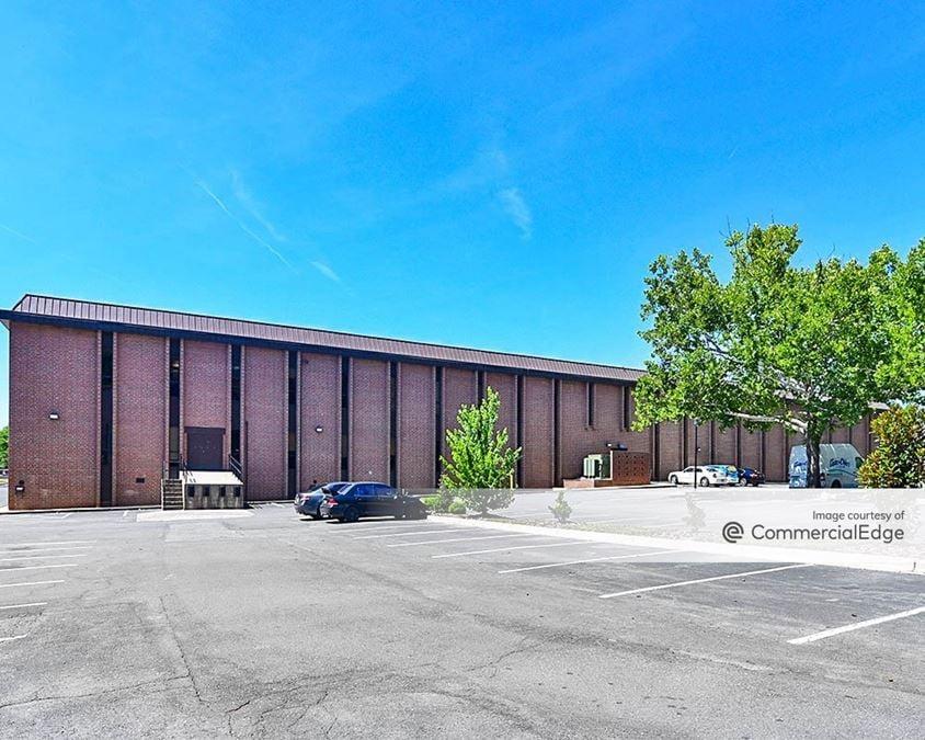 Albemarle Business Park - 4822 Albemarle Road