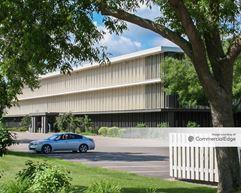 Pentagon Park North - 4550 & 4570 - Edina