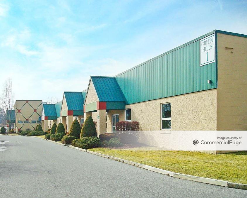 Green Hills Commerce Center
