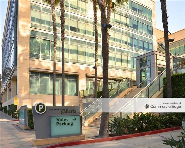 Sherman Oaks Galleria - Courtyard, Garden & Atrium Office Buildings