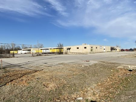 East Apache Truck Terminal - Tulsa