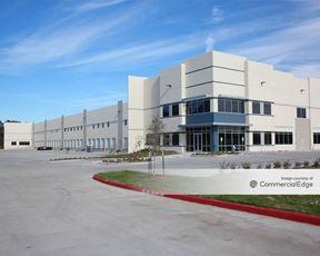 290 Northwest Business Center