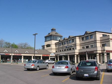 Charleston Center - Retail - St Charles