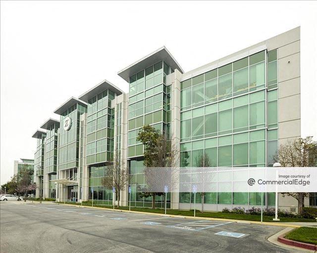 Pacific Shores Center - 1800 Seaport Blvd