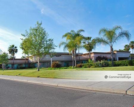 Palm Bluffs Corporate Center - 7625 North Palm Avenue - Fresno