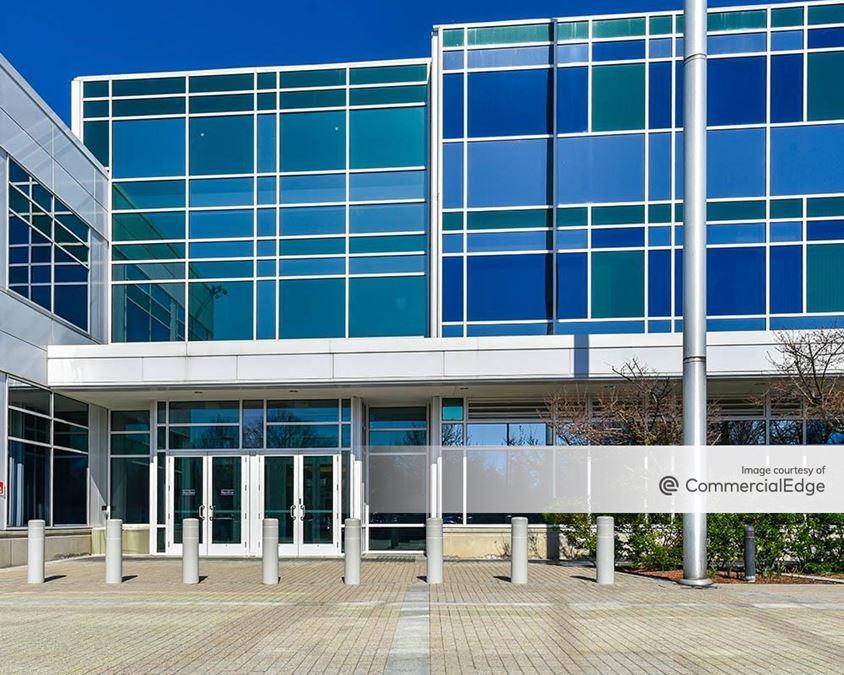 Minuteman Park - 400 Minuteman Road