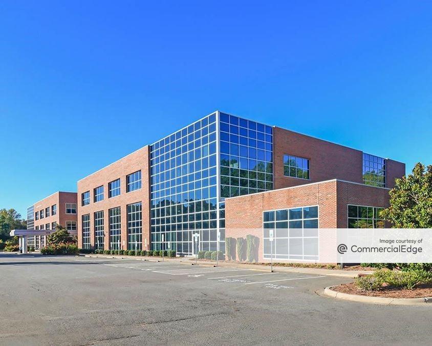 Lake Norman Medical Plaza - 170 Medical Park Road