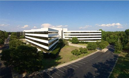 Corporate Campus for Sale: ±400,000 SF and ±85 Acres - Blythewood