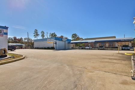 Express Drive-Thru Car Wash, Auto Service & Lube Center on Cypress Creek Pkwy - Houston