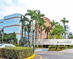Crystal Corporate Center - Boca Raton