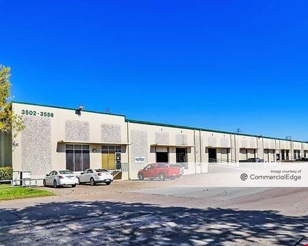 Pine Forest Business Center - Houston