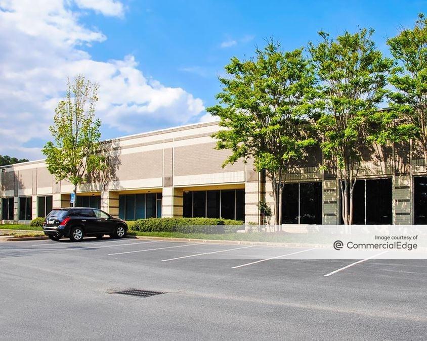 Franklin Oaks - Building 200