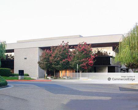 Stony Point Business Park - 141 & 149 Stony Circle - Santa Rosa