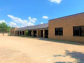 11100 N Stratford Dr Building B - Oklahoma City