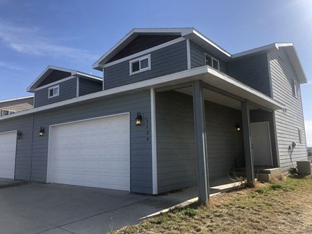 1608 SQ FT TWIN HOME FOR SALE IN WATFORD CITY - Watford City
