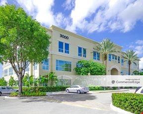 Huntington Corporate Park - 3000 SW 148th Avenue
