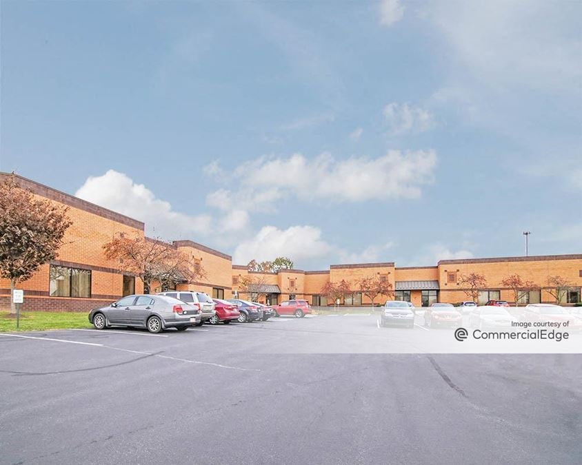 Gateway Corporate Center - 6400 Flank Drive