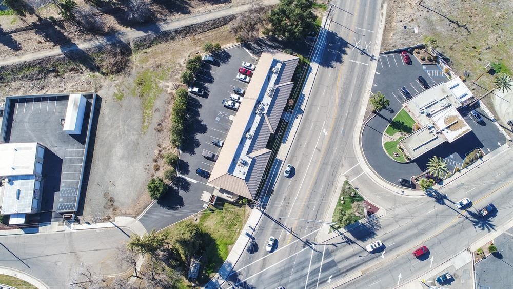 Suites Available in Freestanding Commercial Office Building - Porterville, CA