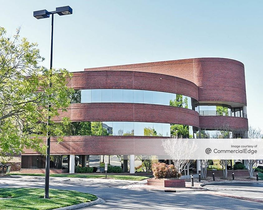 Forsyth Corporate Center