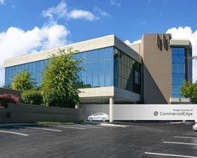 5011 Meadowood Mall Circle