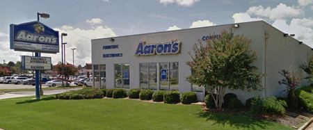 Former Aaron's Building - Muscle Shoals