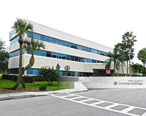 Wellington Professional Center - 10111 Forest Hill Blvd