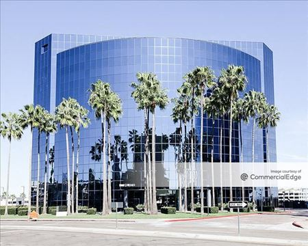 La Jolla Center - 9255 Towne Centre Drive - San Diego