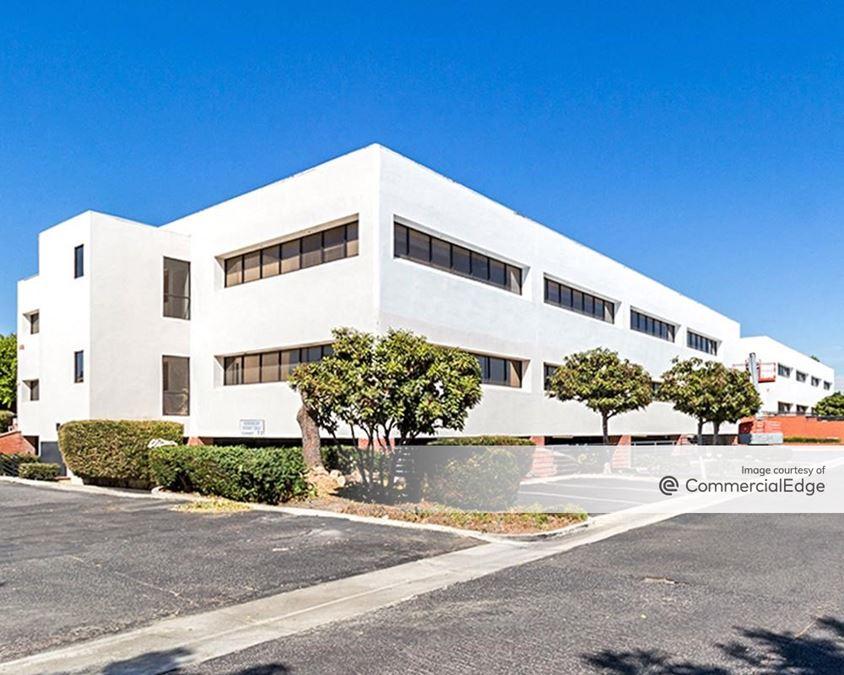 La Palma Professional Center