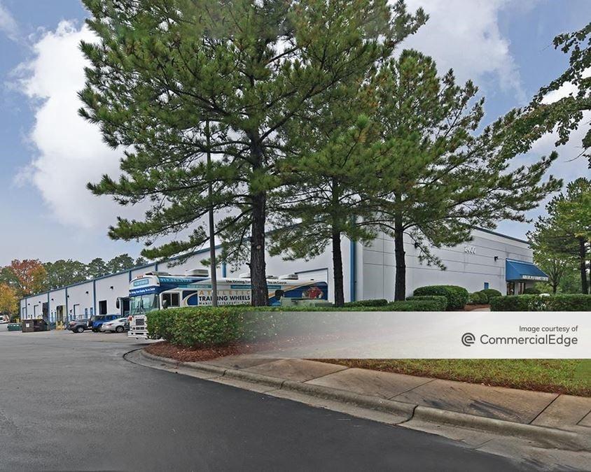 Sumner Business Park - 2400 Sumner Blvd
