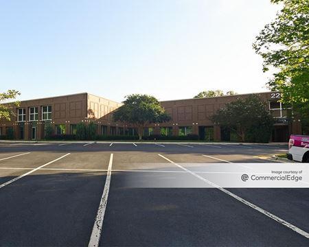 2200 Gateway Centre - Morrisville