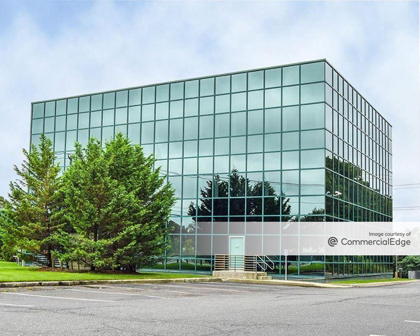 Claremont Corporate Center - 1180 Veterans Memorial Hwy