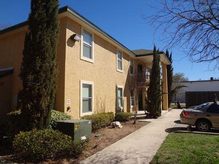 Thompson Apartments - San Antonio