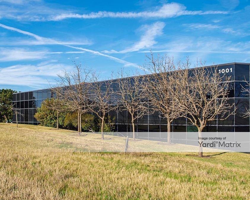 Westlake Oaks Executive Park