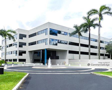 Miami Lakes Business Park West - Andrew Jackson Building - Hialeah