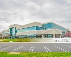 Cisco Site 5.1 - 855 East Tasman Drive - Milpitas