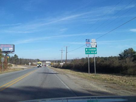 4876 Hwy 67 - Benton