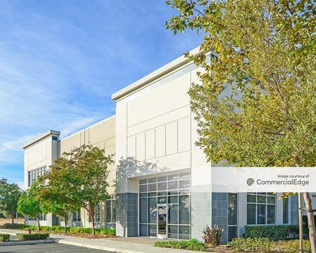 Venture Commerce Center - Fairfield