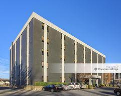 Huntington Metro Center - Alexandria