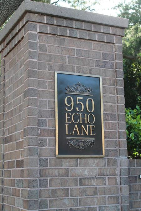 950 Echo Lane - Houston