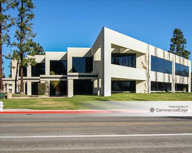 Harbor Gateway Business Center - 3565 South Harbor Blvd
