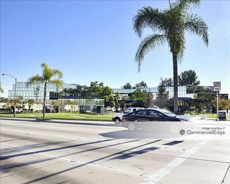Town Center Business Park - Pioneer Office - Santa Fe Springs