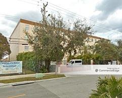 Celis Building - Hialeah