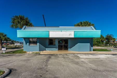 N Causeway NSB Stand Alone Building - NEW SMYRNA BEACH, FL