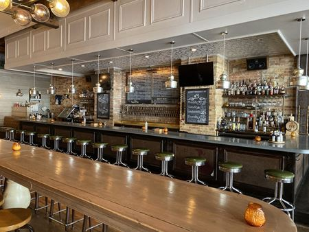 Fully Built Out Restaurant Space Available for Lease in Downtown Evanston - Evanston