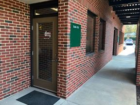 1,862 SF Executive Office Suite Minutes from Downtown - Durham