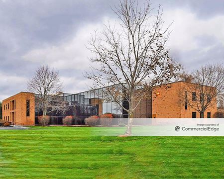Executive Woods Medical and Office Campus - 4 Palisades Drive - Albany